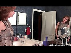 American milfs Penny and Amanda be concerning love with masturbating concerning nylon