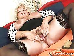 Big-breasted fleecy vagina grandma