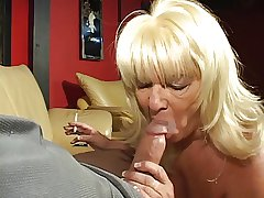 Comme ci full-grown cock sucking granny enjoys a cigarette and a hard dick