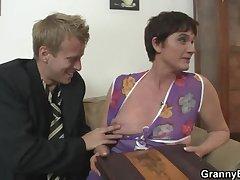 Venerable mom spreads her legs for hard weasel words