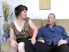 Granny succeed in fucked - 30
