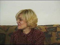 Blond Mature R20