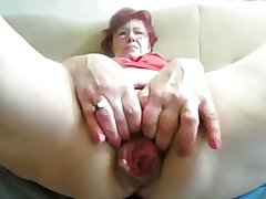 55yr old Granny Fucks Fist Prolapse her Cunt and Botheration vulnerable Cam