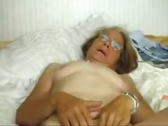 This granny really loves with be fucked. Amateur
