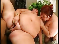 Two Mature BBWs around a Threesome