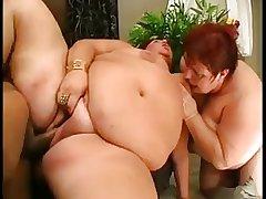 Two Mature BBWs around a Threesome