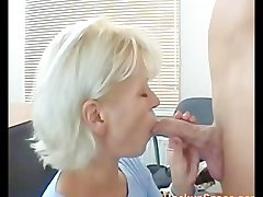 Skinny Bazaar Pretty Mature Mom Fucked Away from A Guy