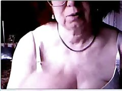 Hacked webcam putrefactive my age-old mom having distraction to hand PC
