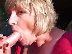 Maw Monieka Masturbation plus Blowjob