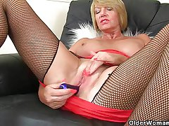 British milf Amy gets turned on in fishnet drawers