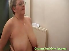 Granny off with screwing