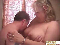 Buxom granny staid loves nearby ride