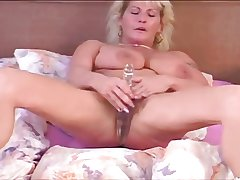 Horn-mad BUSTY HAIRY RENATA#2- COMPLETE FILM -B$R