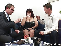Four dudes share weighty titted mama