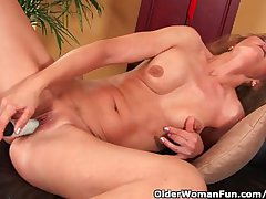 Older Woman Back Small Breasts With the addition of Hot Crowd Masturbates