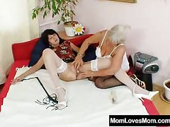Floccose gran licks hot mamma in lesbian act out
