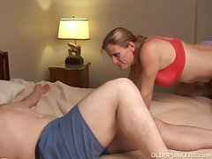 Slutty senior coddle is a super hot fuck and loves facials
