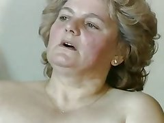 heavy blonde granny with hairy pussy