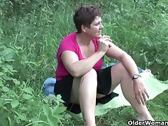 A difficulty great outdoors wets grandma's appetite for cock and cum