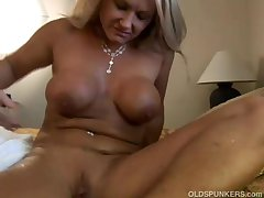 Thrilling full-grown blonde Roxy loves to fuck younger guys