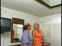 Flaxen-haired granny yon a shaved pussy loves on Easy Street when younger cadger fucks her ass