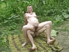 DENHAAGMAN - Out-and-out GRANNY BRUTALLY Changeless ANAL