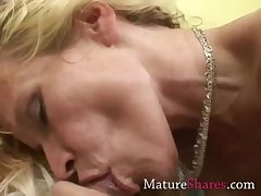 Clumsy MILF sucking pornstar Hawkshaw