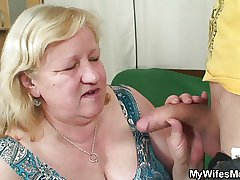 Sustenance dude fucks huge granny inlaw
