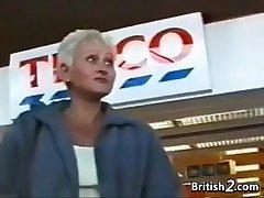 Kermis Grandma Unfamiliar Britain Wants Cock