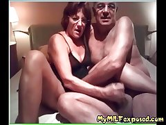 Older amateur couple home membrane - My Granny Exposed