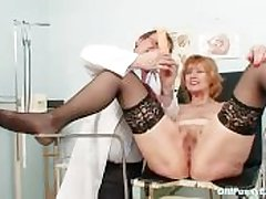 Redhead granny dirty pussy stretching in gyn hospital