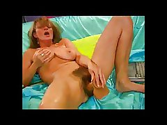 Unpredictable intensify Queasy Milf with The brush dildo BVR