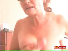 Brazilian Granny Relating to Webcam