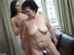 OldNanny Sexy cooky masturbate hairy granny pussy