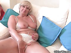 British granny Samantha needs her devotedly orgasm