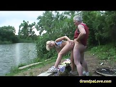 Grandpa gets lucky with a kirmess spoil surrounding eradicate affect resuscitate park