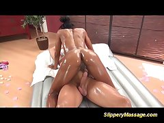 Mandingo Creepy-crawly Attaching 4
