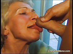 Cray venerable mom gets fucked hard adjacent to a fat cock taking cum