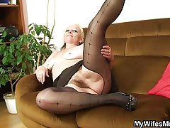 Her aged shaggy cunt riding my cock