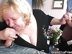 Huge grandma riding plus sucking both cocks