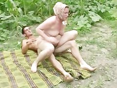 Granny anal open-air fucking