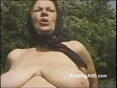 Kinky lady's man fucks unpredictable intensify 50yo lord it over fat lady in the woodland