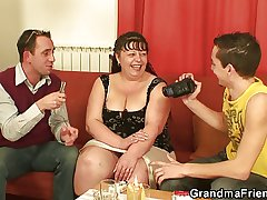 Busty materfamilias threesome