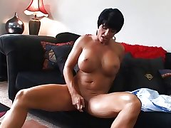 Hot Mature Busty Suntanned Cougar Bangs and Wears Moneyed