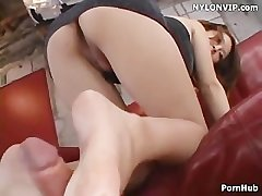 leg sex thither bare footjob cumshot