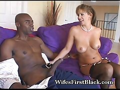 Cock Craving Mature Loves Lowering
