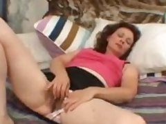 Hairy Lay Of age Milf Masturbating Her Venerable Vagina Demilf.com