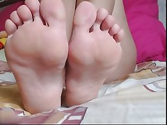 Of age feet 004