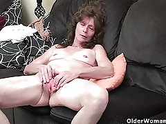 Granny with respect to saggy boobs added to hairy pussy masturbates