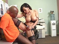 Lisa Ann succeed in fucked by prisoner